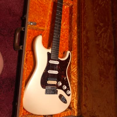 Fender American Deluxe Stratocaster HSS 2007 Olympic Pearl for sale