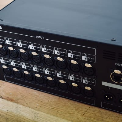 Yamaha SB-168 ES digital stage box in excellent condition-church owned