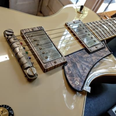 Leo  Standard Luthiers Choice  2016 white for sale