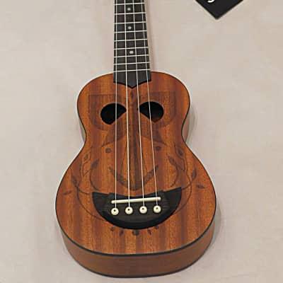 Stagg Tiki series soprano ukulele with sapele top and Gig Bag 2018 EH Finish