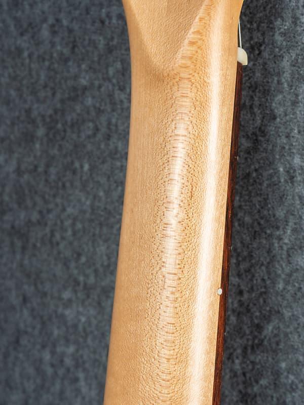 xxl guitars u2 blue burst used reverb. Black Bedroom Furniture Sets. Home Design Ideas