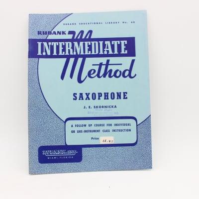 Hal Leonard Rubank Intermediate Method for Saxophone Music Book No. 68