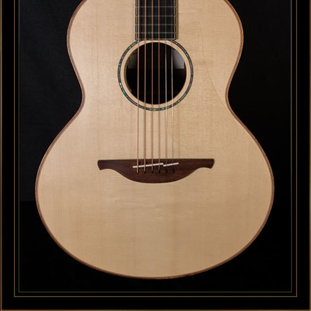 Lowden S-35 in Madagascar Rosewood with Alpine Spruce Top image