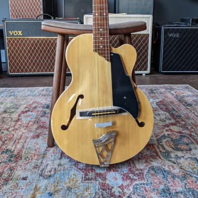 VOX Giulietta VGA-3PS Archtop Acoustic-Electric with Piezo Bridge Pickup, Natural for sale