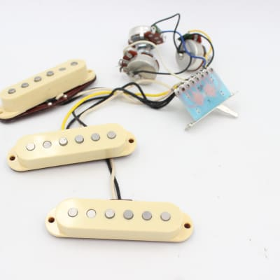 Dean Zelinsky Tagliare Strat Single Coil Pickups & wiring Harness