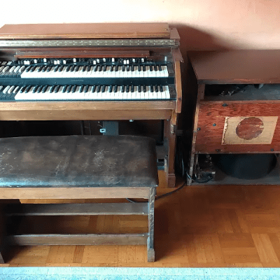 Hammond C2 Organ with Leslie Speaker 1959 - 1965