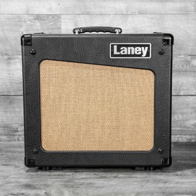 Laney CUB-12R 15w Class A/B Tube Guitar Amplifier w/Reverb