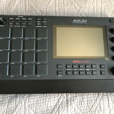 Akai MPC Live II Standalone Sampler/Sequencer + PNY 500gb SSD