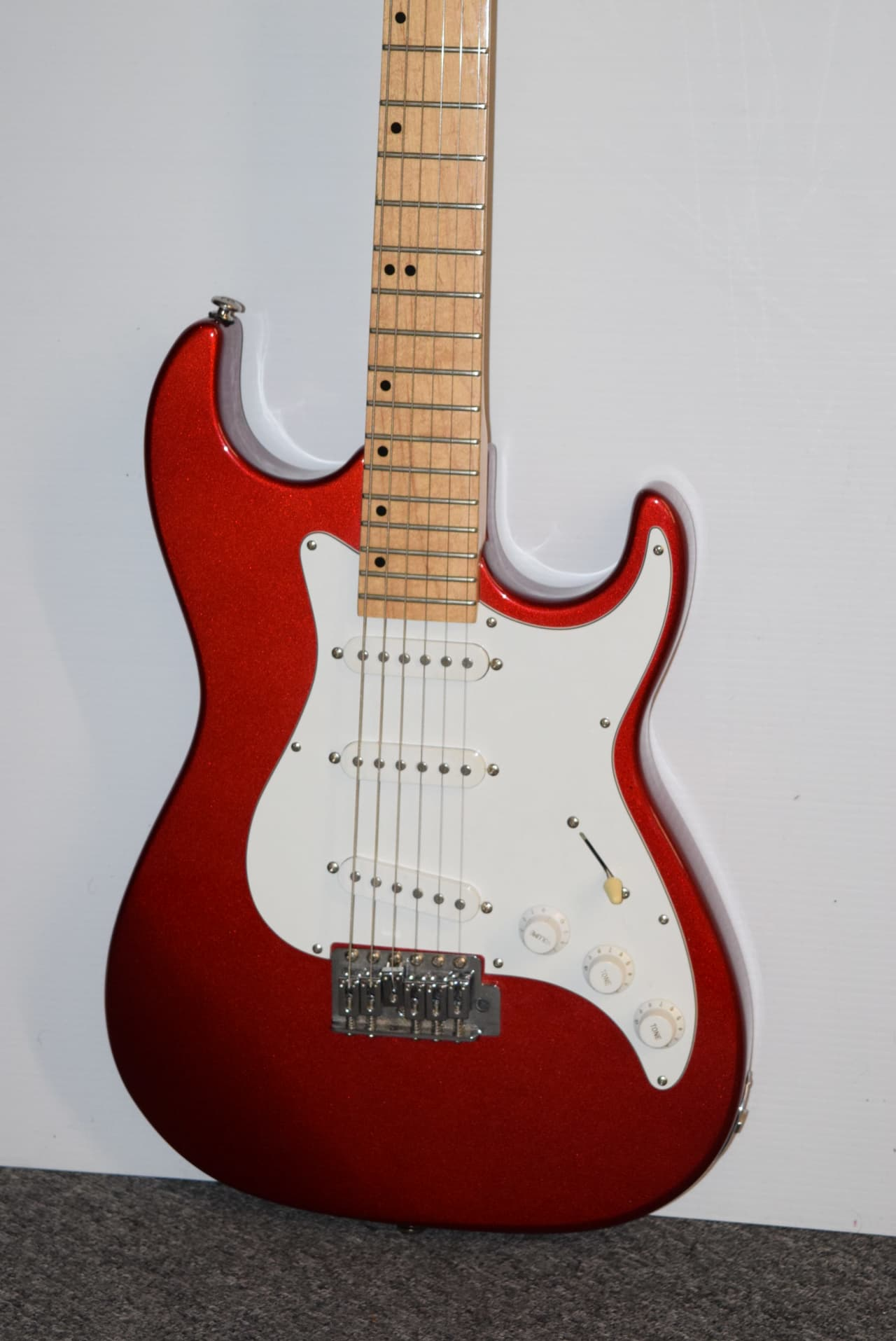 samick strat type electric guitar house of guitars reverb. Black Bedroom Furniture Sets. Home Design Ideas