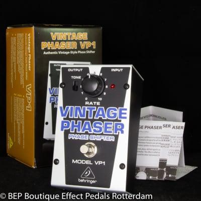 Behringer VP1 Vintage Phaser Phase Shifter s/n S170300369355
