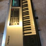 Roland Fantom-X8