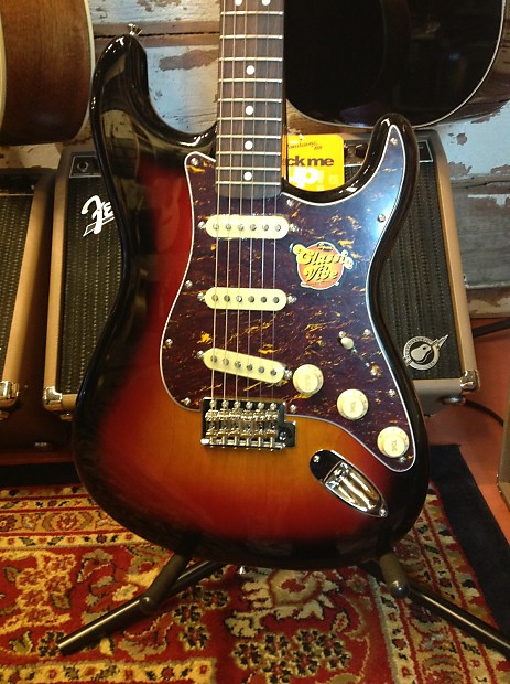 used squier classic vibe 39 60s stratocaster 2013 3 tone reverb. Black Bedroom Furniture Sets. Home Design Ideas