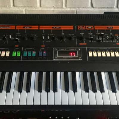 Roland Jupiter-8   Sound Programming
