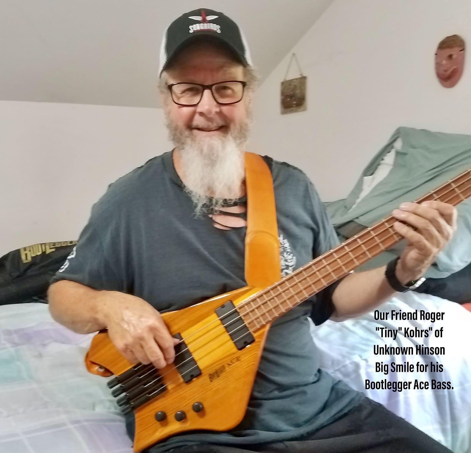 Bootlegger Guitar Ace 4 String Bass With Case