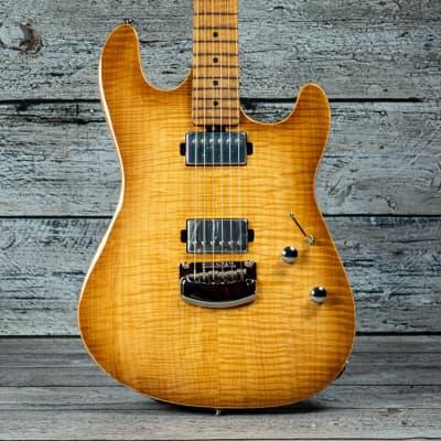 Ernie Ball Sabre Guitar HH Trem - Roasted Maple Fingerboard, Honey Suckle