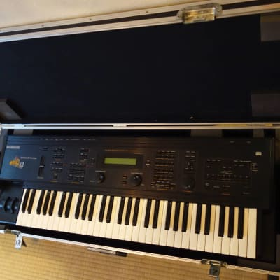 Ensoniq MR-61 Excellent Condition