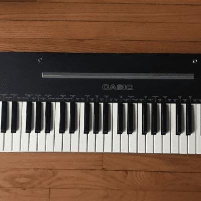 Casio CT-202 Casiotone 49-Key Synthesizer