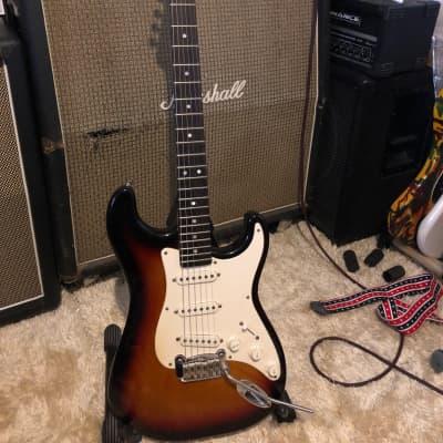 G&L Legacy Stratocaster , Leo Fender 1994 Sunburst