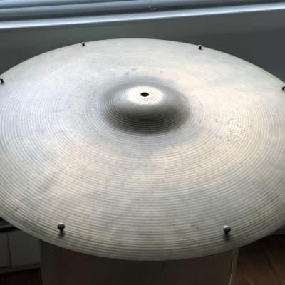 """Avedis Zildjian 22"""" 1960-70s Lathed/hammered Cymbal"""