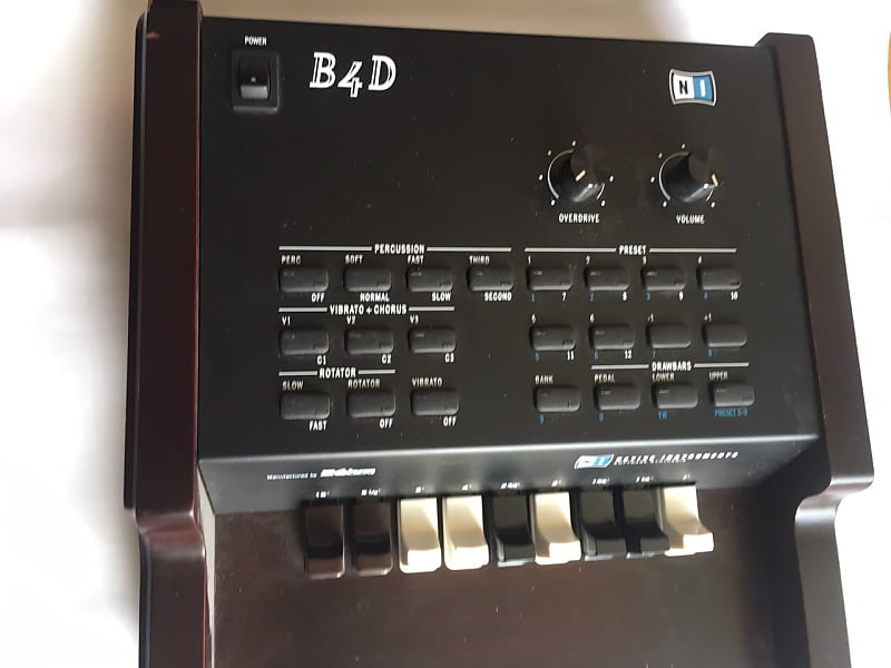 Native Instruments B4 D Drawbar Controller Natural Dark