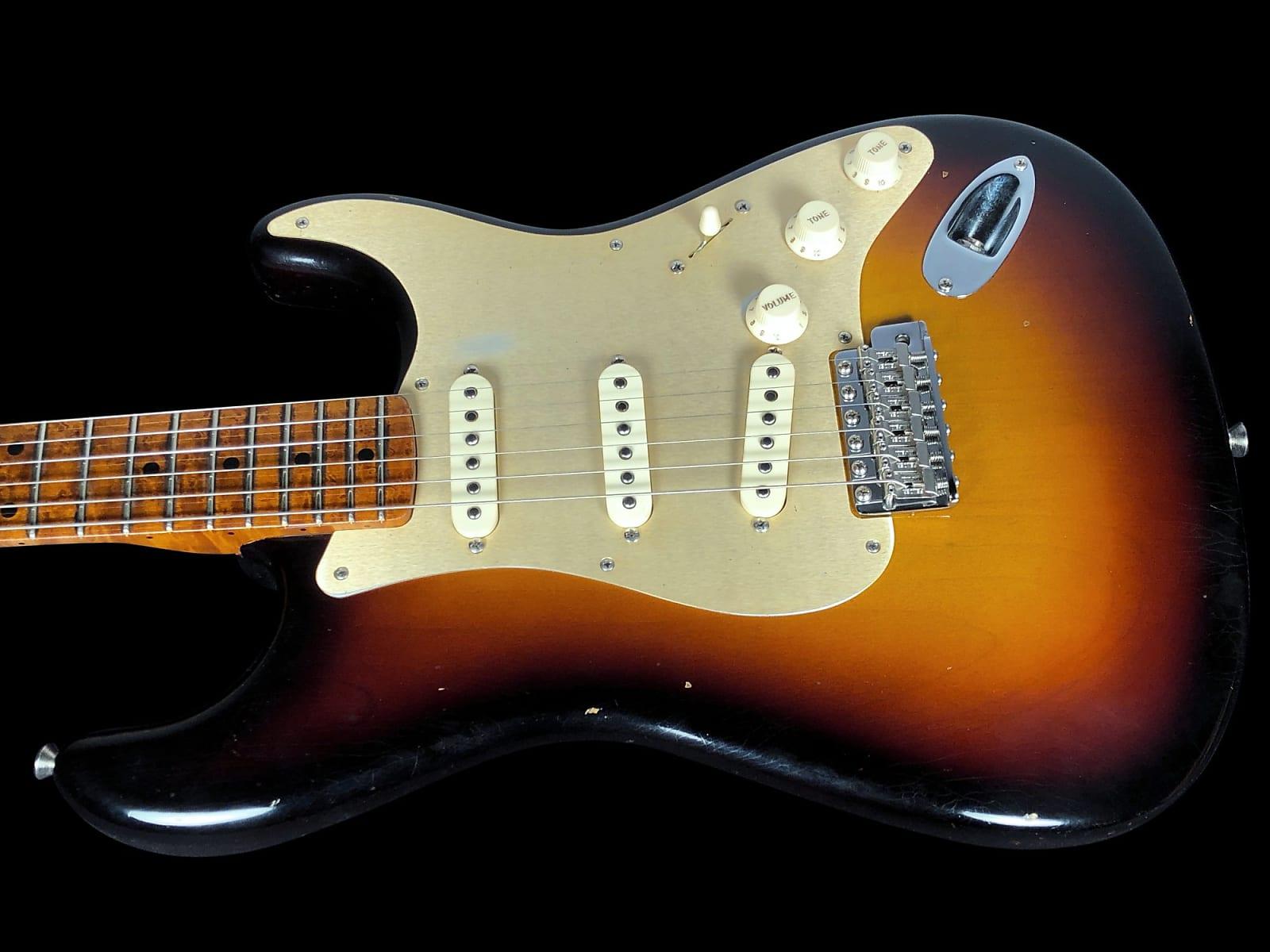 2018 Fender Stratocaster 1956 Custom Shop 30th Ann NAMM ROASTED Relic 56 Strat Aged 2-Tone Sunburst