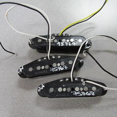 Fender Noiseless Pickups >> Fender Hot Noiseless Pickups Black Cover Strat Pickup Set