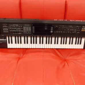 Roland GW-8 61-Key Workstation Keyboard