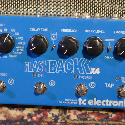 TC Electronic Flashback X4 Delay 2013