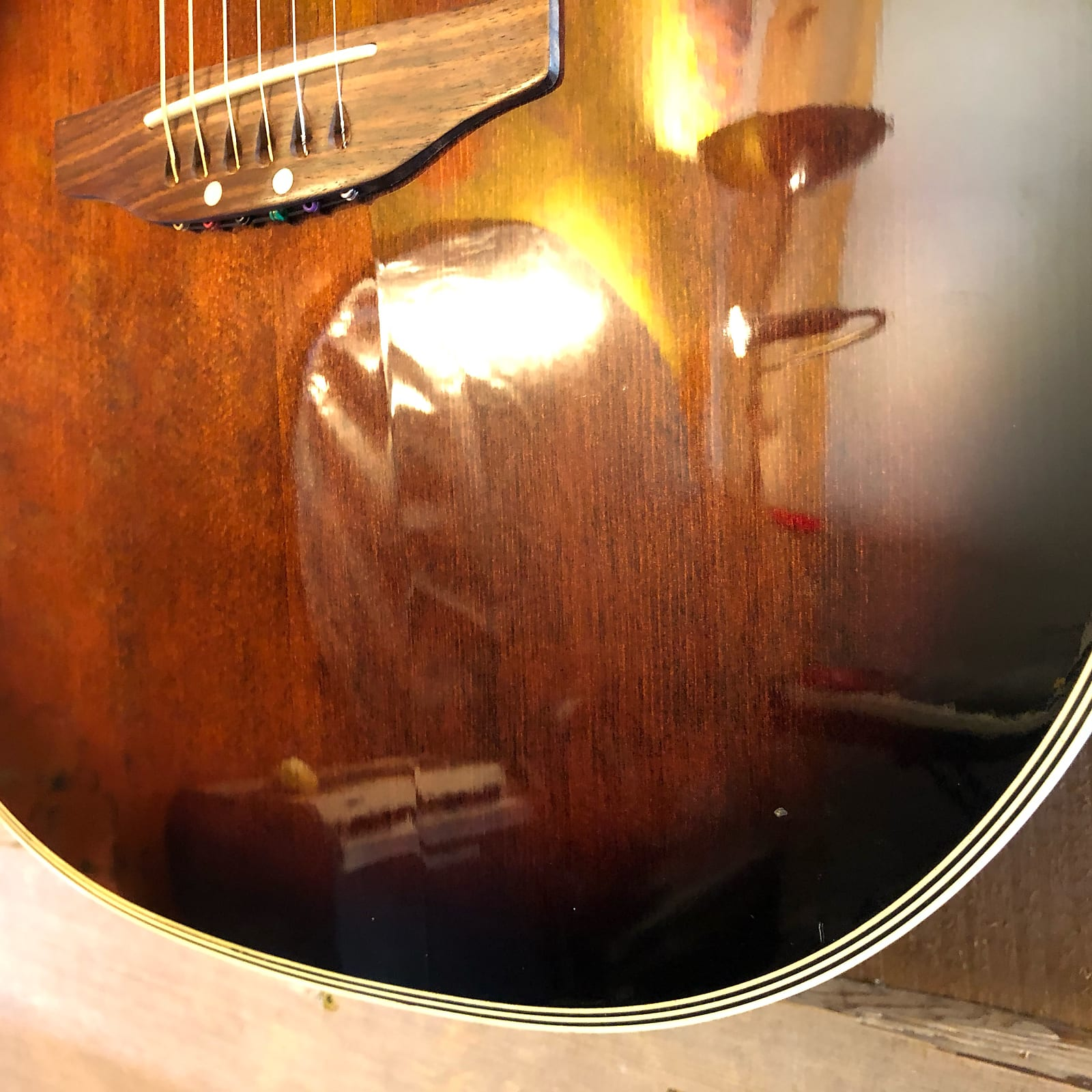 Crafter SF-900 Ovation-Style Acoustic Electric Guitar Brown Burst