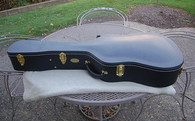 b368fb5e799 Description; Shop Policies. TKL Martin Dreadnought Hardshell guitar case.