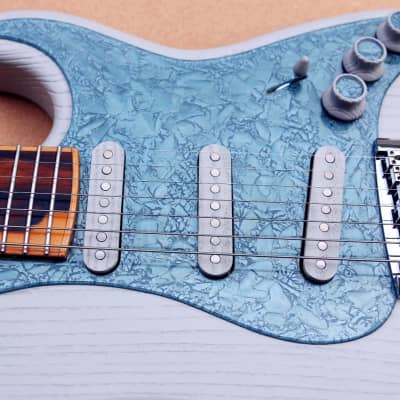 GB Liuteria, modello Petra, 7 Corde, Stratocaster for sale