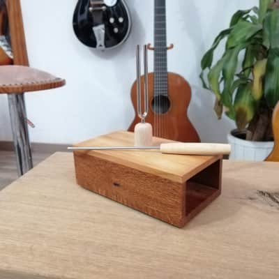 Tuning fork box - Deneuville 440LW LaceWood for sale