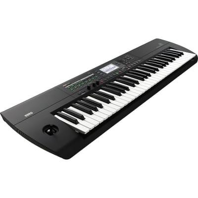 Korg i3 Workstation Keyboard - Matte Black
