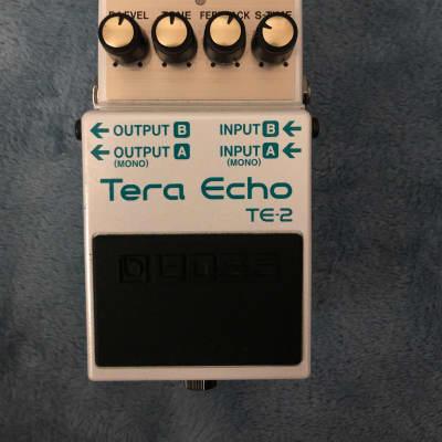 Boss TE-2 Tera Echo w/ box