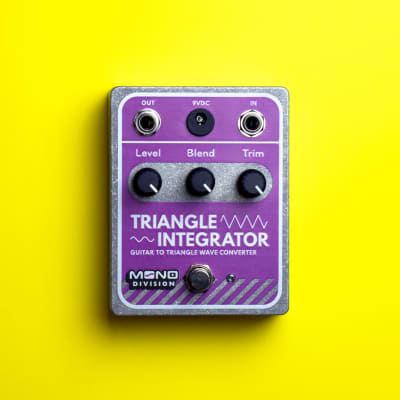 Mono Division Triangle Integrator — Guitar to Triangle Wave Converter Pedal