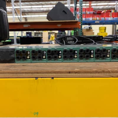 Radial Pro D8 Rack Mount Direct Box 8-channels