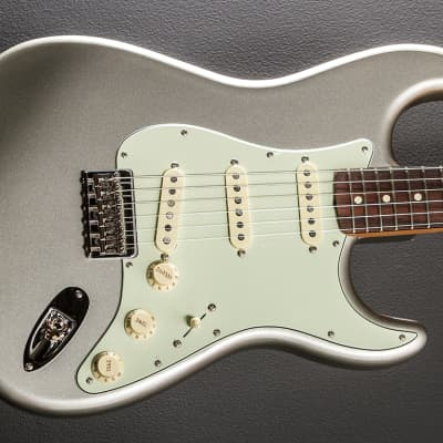 Fender Robert Cray Stratocaster - Inca Silver for sale