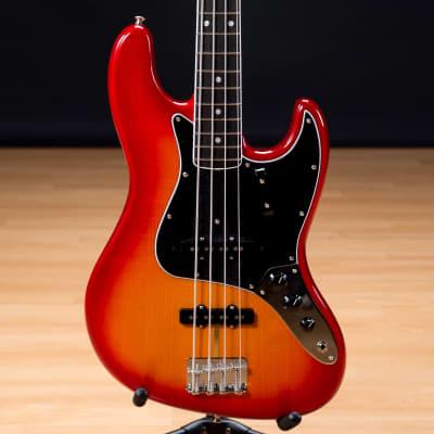 Fender Rarities Flame Ash Top Jazz Bass SN US19077857
