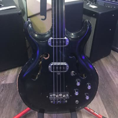 (6197) Hohner Fretless Bass for sale