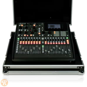Behringer X32 PRODUCER-TP 40-Input 25-Bus Digital Mixing Console Touring Package