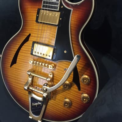 Gibson Johnny A Custom Shop 2007 sunset glow with bigsby for sale