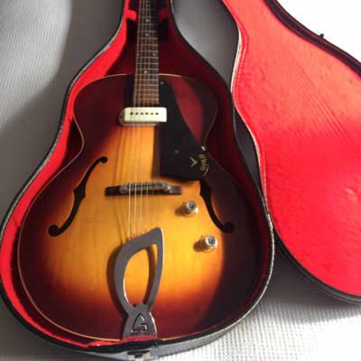 Guild T-50 1963 Redish brown sunburst for sale