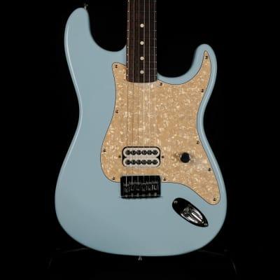 Used 2002 Fender Tom Delonge Hardtail Stratocaster Daphne Blue Electric Guitar for sale
