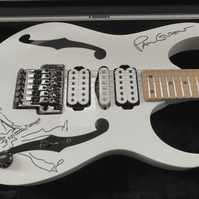 Ibanez PGM300 2001 - Paul Gilbert Signature Guitar - Signed! for sale