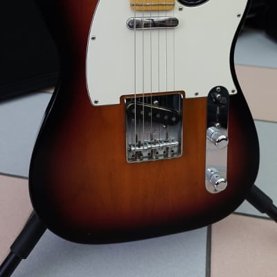 Fender Telecaster highway one made in usa rw 3 color sunburst for sale