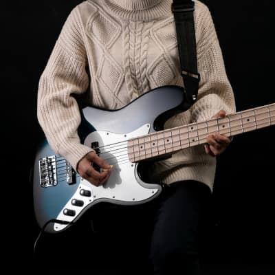 Glarry GJazz Ⅱ Upgrade Electric Bass Guitar with Wilkinson Pickup, Warwick Bass Strings, Bone Nut 2020s Blue for sale