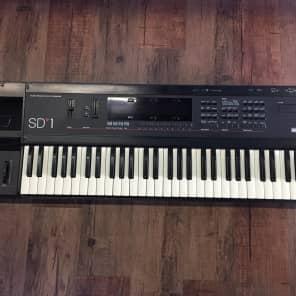 Ensoniq Sd 1 Music Production Synthesizer (Vintage)