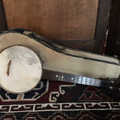"Vintage 1925 Lyon and Healy ""American Conservatory "" concert sized banjo uke ukulele MINTY! trapdoor case for sale"