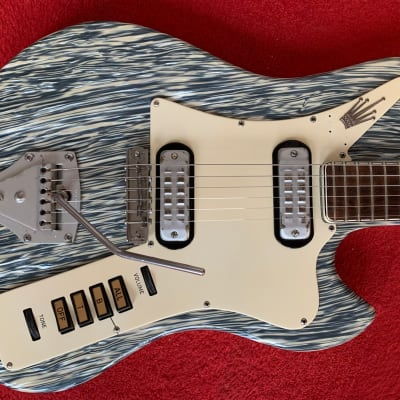 Vintage 1963/64 Welson Electric Guitar, 2 Humbuckers and Tremolo, 24.5″ (622mm)  scale, 22 frets for sale