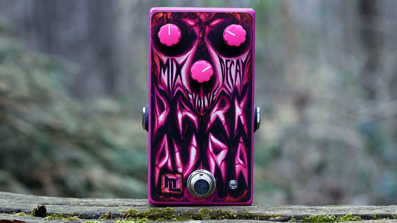 Haunted Labs Dark Aura (Modulated Reverb) - Pink Limited Edition